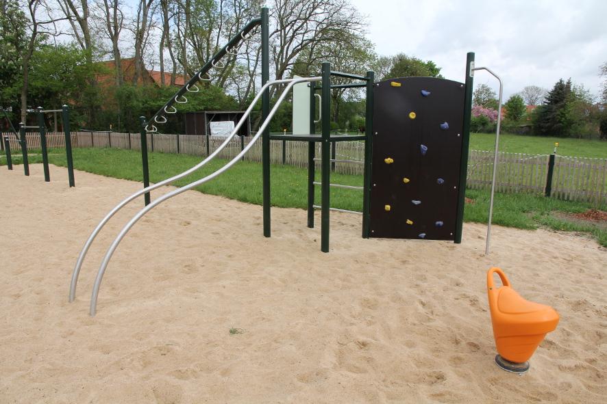 Spielplatz-1